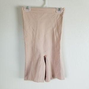 SPANX - oncore high waist mid thigh shaper sz M